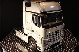 Mercedes ACTROS 1851 Gigaspace 4x2